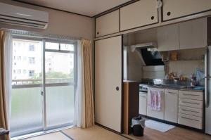 22-居間とキッチン