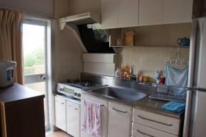 25-キッチン全景